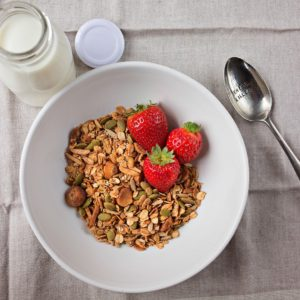 granola no fruit muesli